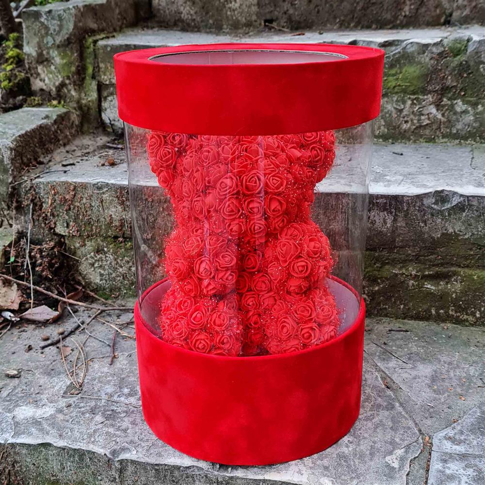 004 Meda crveni u plišanoj kutiji
