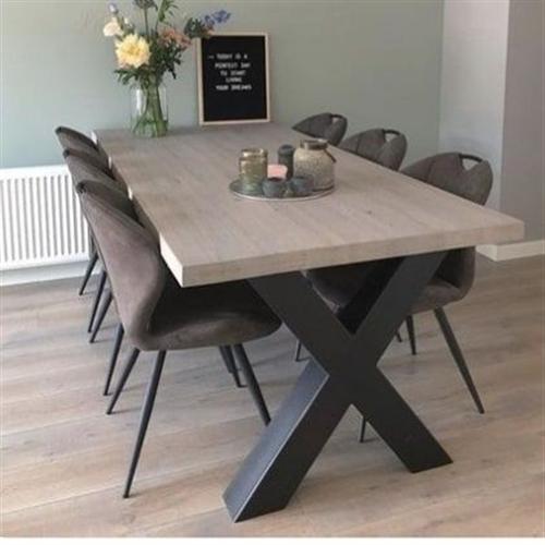 Oks trpezarijski sto