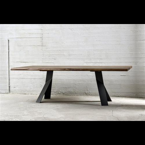 Beni trpezarijski sto