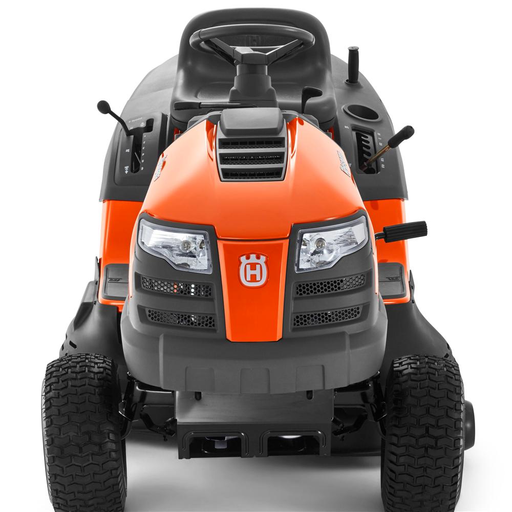 Husqvarna traktorska kosačica TC 138
