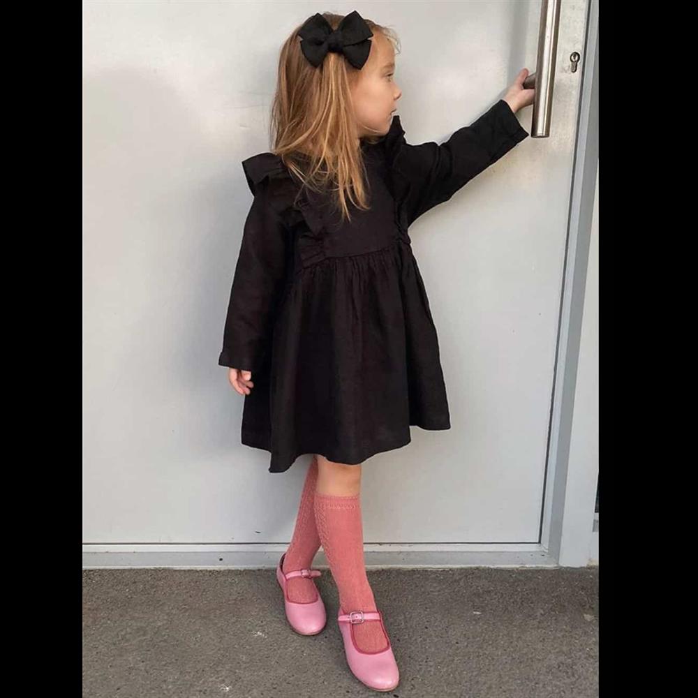 Crna lanena haljina sa karnerima