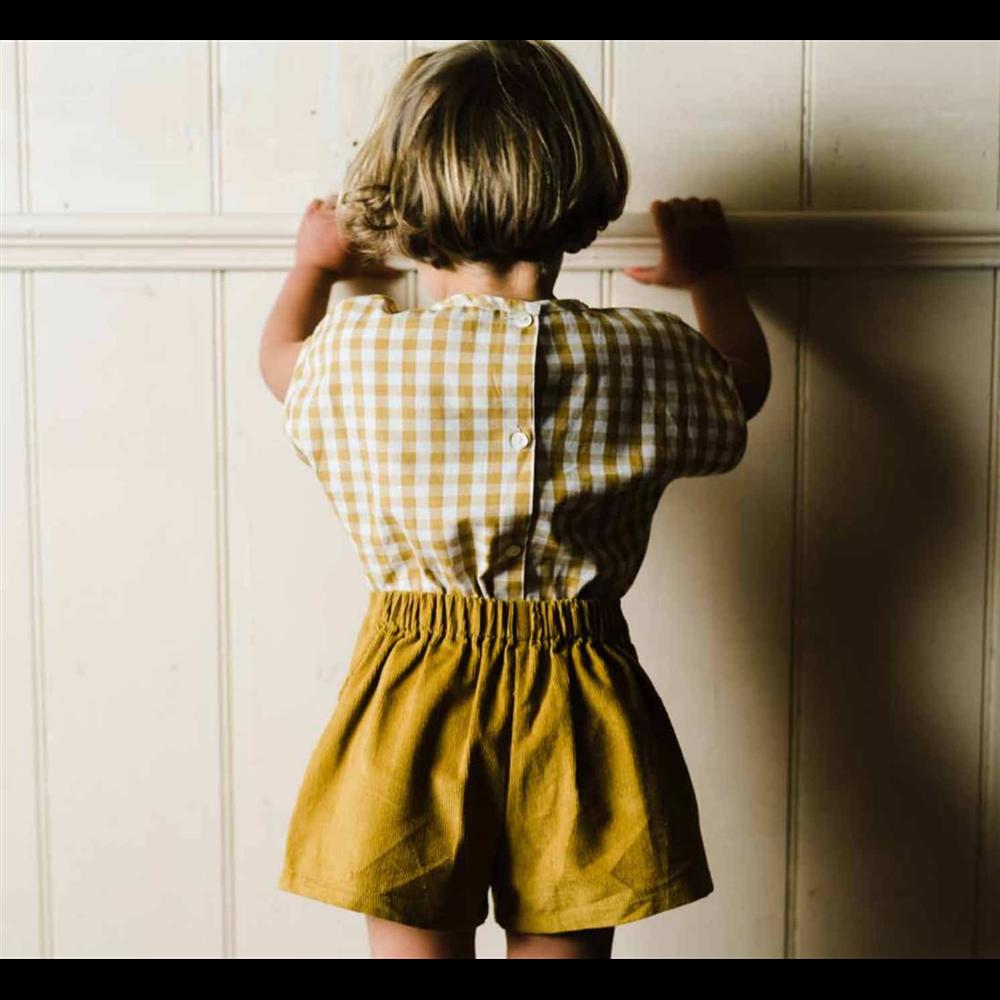 Šorts za devojčice od tankog mekanog somota braon boje