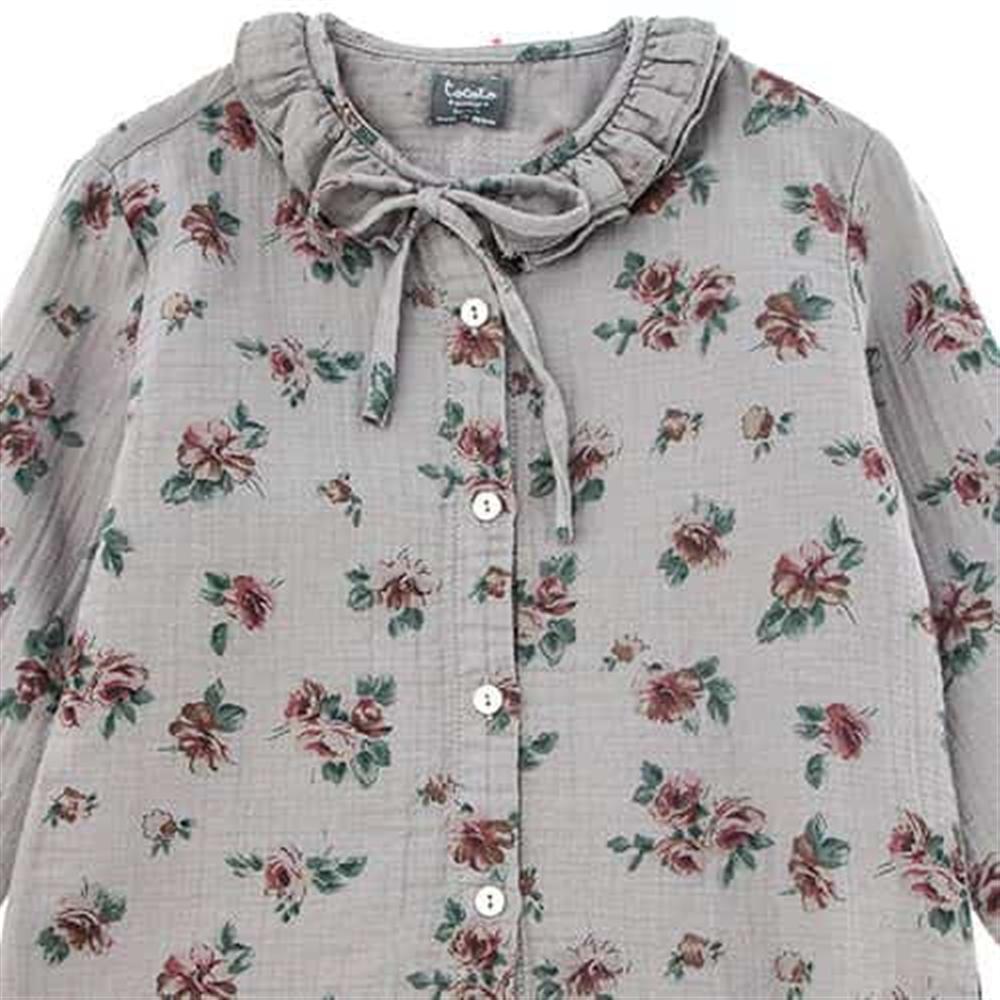 Košuljica sive boje sa nežno roze cvetićima i duplom nabranom kragnicom