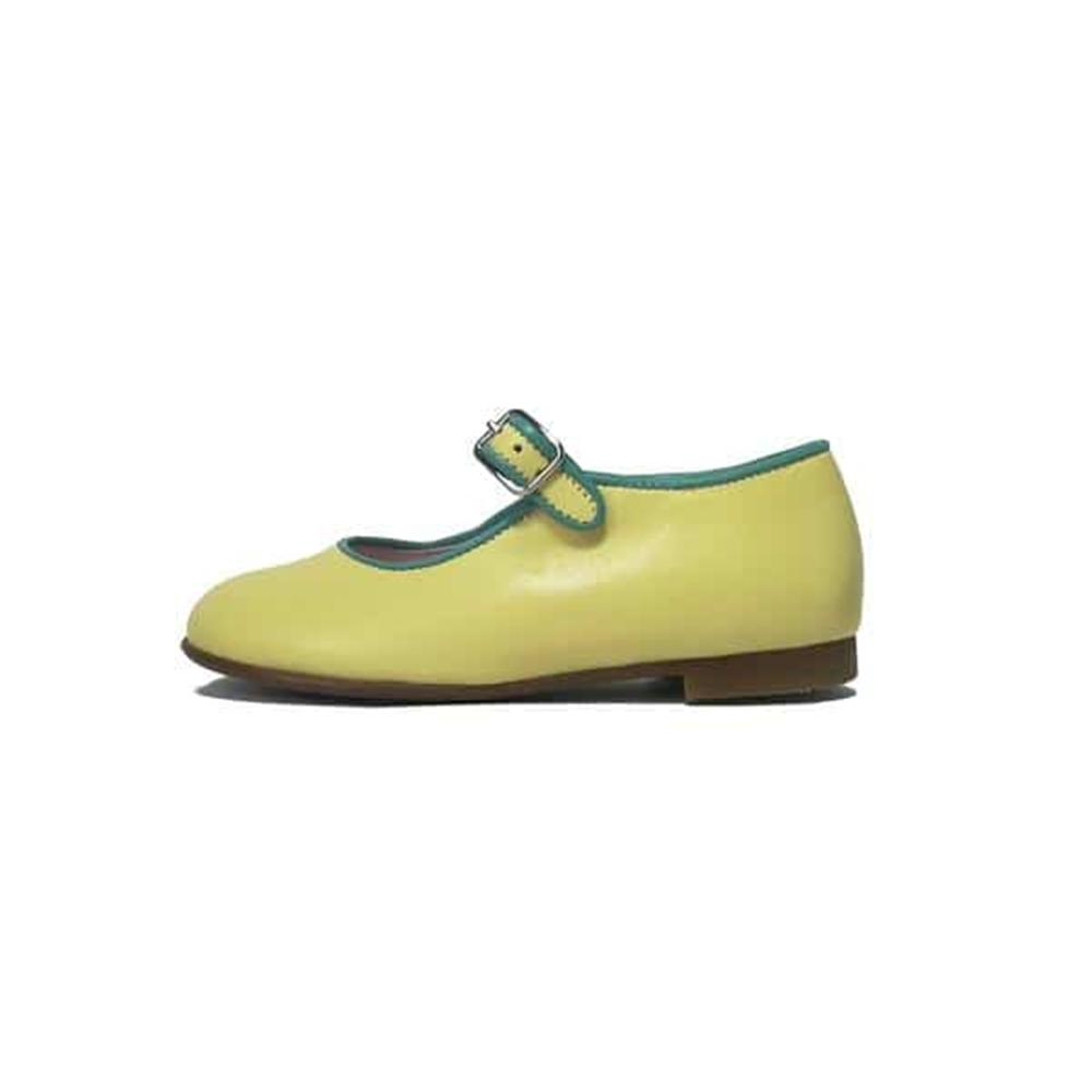 Kožne svetlo žute mary jane baletanke obrubljene nežno zelenom bojom