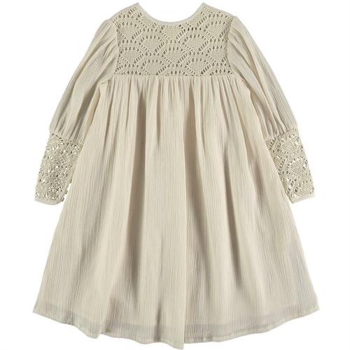 Bež boja haljina od organskog pamuka sa prelepom čipkom od rafije