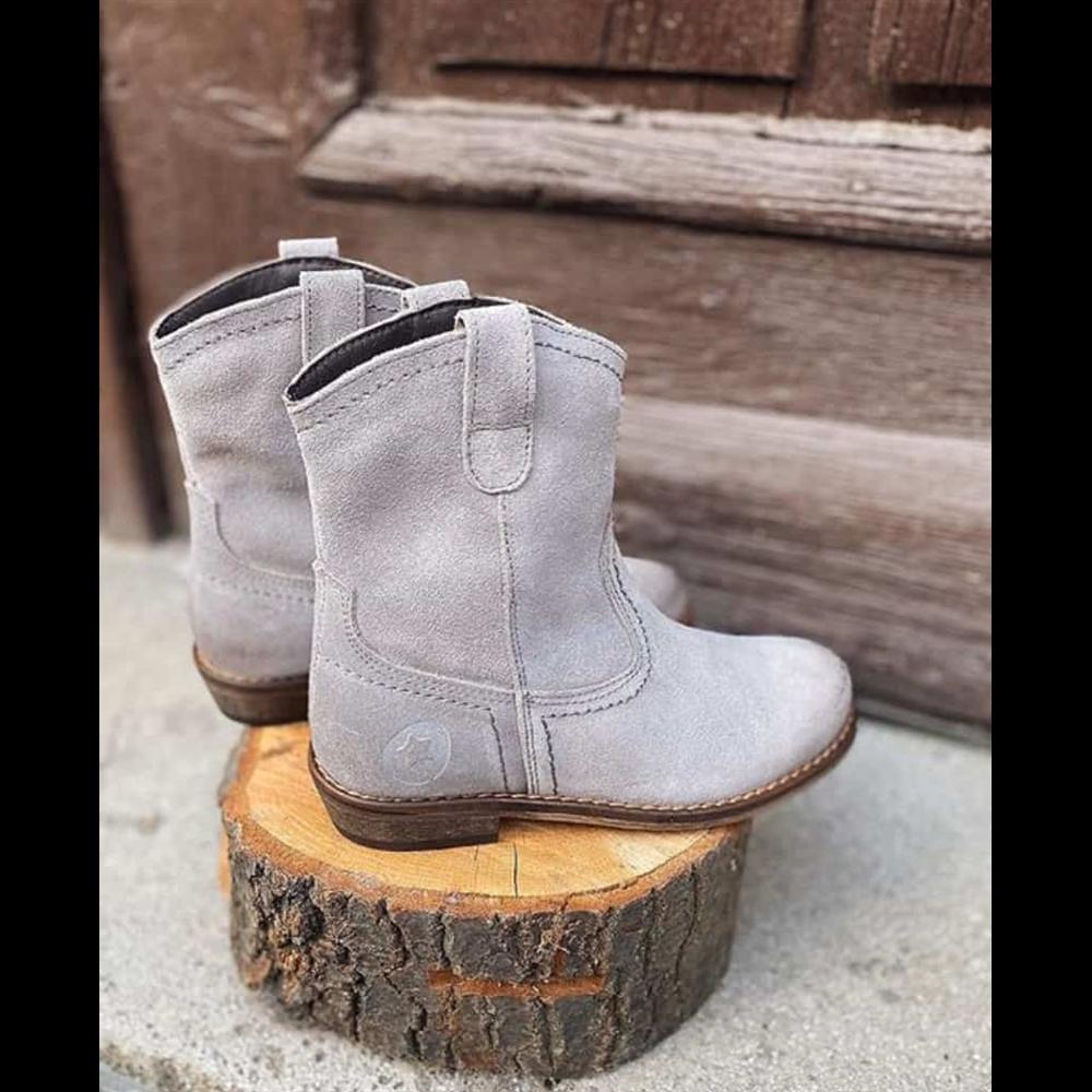 Čizmice sive od prevrnute kože sa zaobljenim vrhom