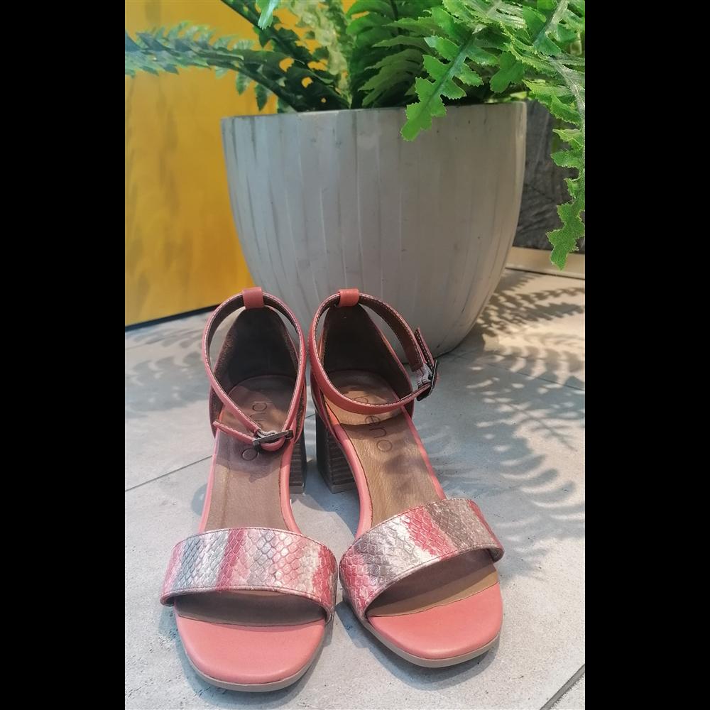 Bueno sandale 20WQ0602-POTAMIC RED